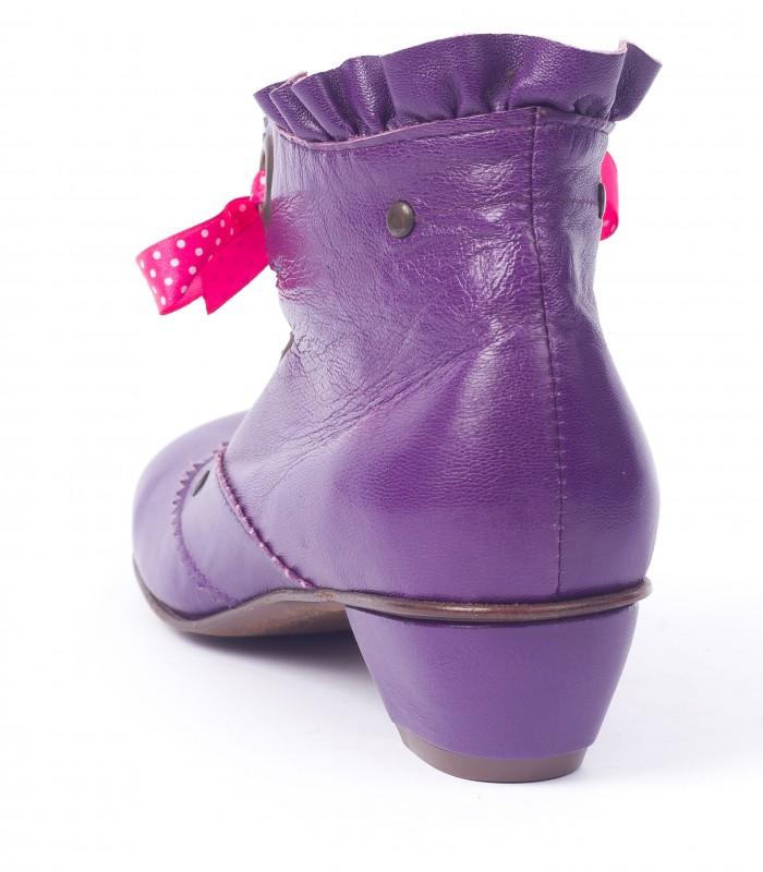Avonlea Violet